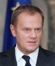 Ewakuacja Tuska do Brukseli, jej domniemanie przyczyny i skutki.