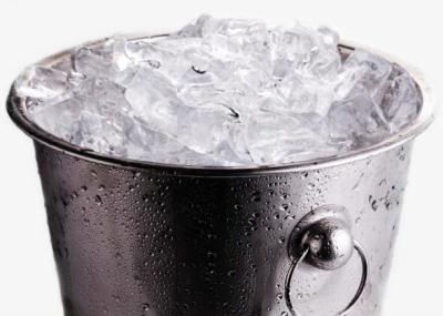 Po co oblewacie się zimną wodą?