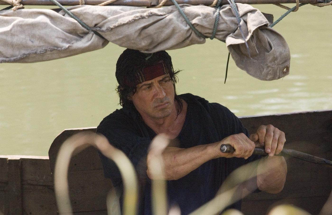 """Pesymizm żołnierza-tułacza. Recenzja filmu """"John Rambo"""" [PDF]"""