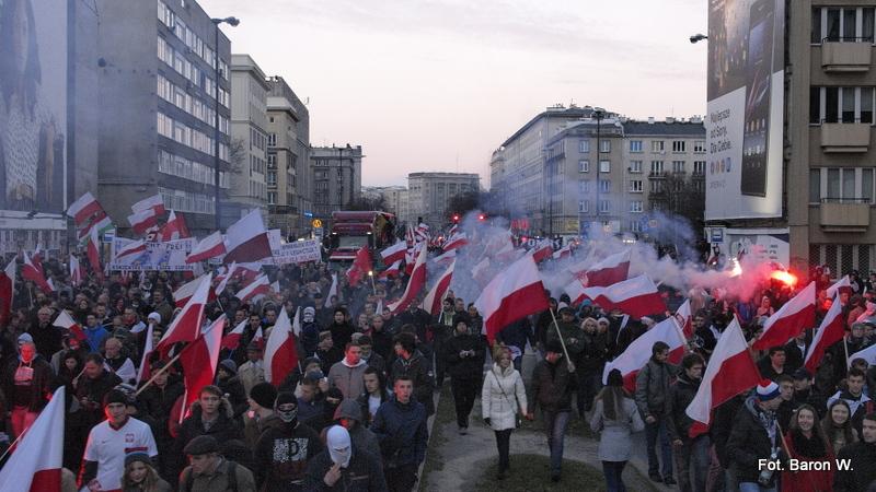 Marsz Niepodległości – trzeba go zniszczyć!