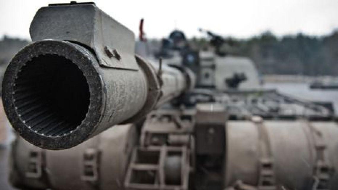 Polska ratyfikowała Traktat o handlu bronią