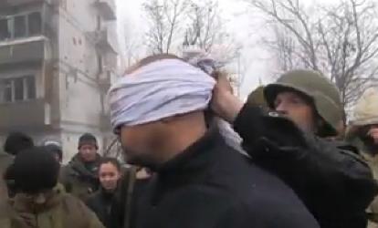 WOLNY CZYN: Rosyjskie zbrodnie wojenne: tortury i egzekucje jeńców