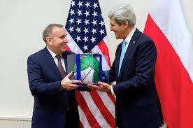 """J. Kerry """"You forget Poland"""", wezwał na dywanik Schetynę."""