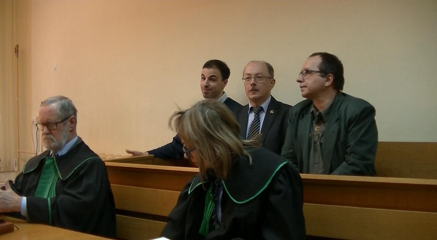 WOLNY CZYN: Słomka – start kampanii prezydenckiej z ławy oskarżonych