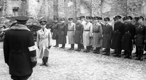 Bundesarchiv_Bild_101I-134-0792-27,_Polen,_Ghetto_Warschau,_Ghettopolizei