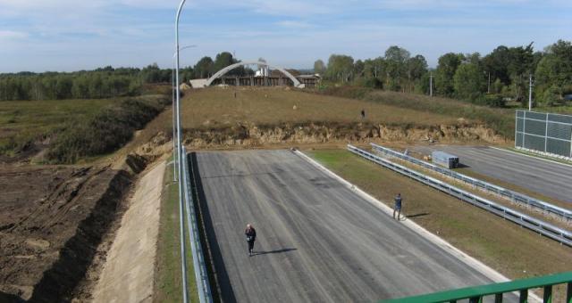 Życiorysy polskich polityków jak autostrady – ciągle w budowie