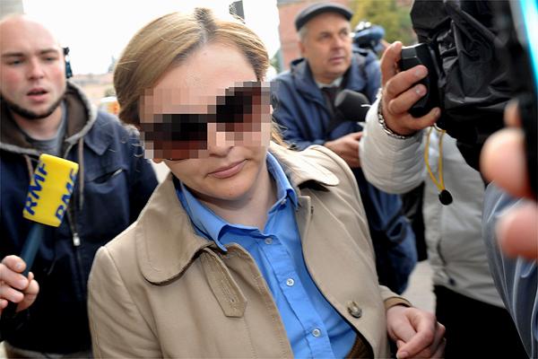 Żona prezesa Amber Gold w areszcie zaszła w ciążę… z klawiszem