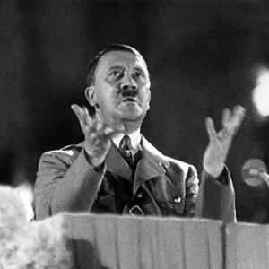 Adolf-Hitler-2