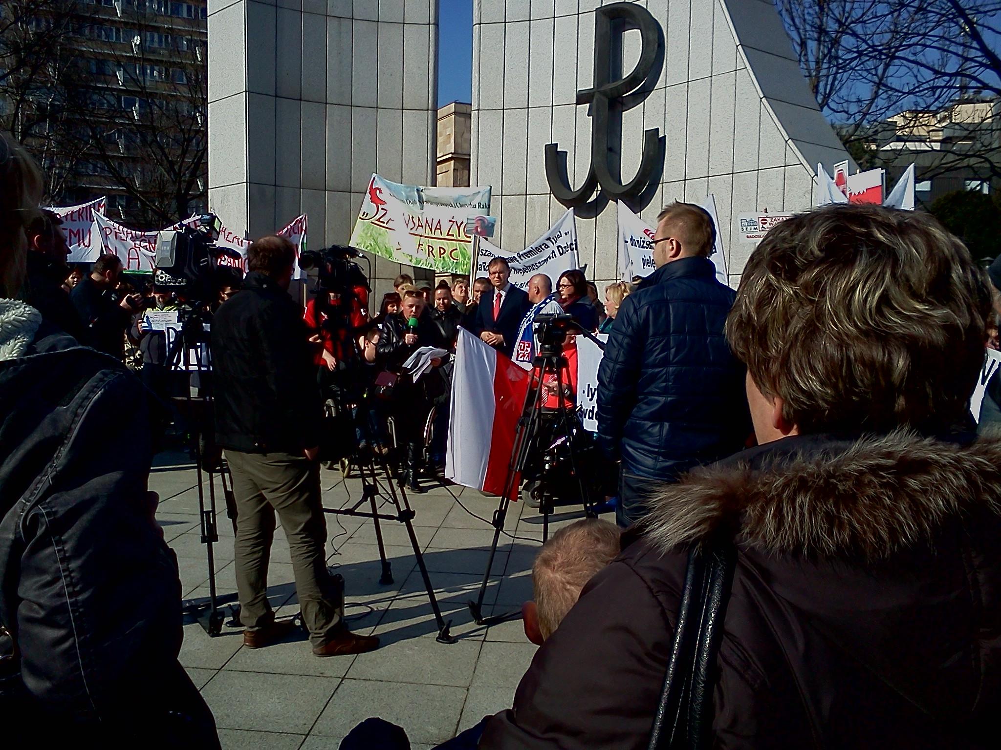 Niepełnosprawni: zakaz wstępu do Sejmu – list otwarty