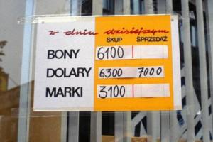 z15397153AA,Kantor-w-Warszawie--sierpien-1989