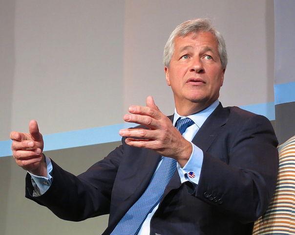 JP Morgan na potęgę kupuje srebro