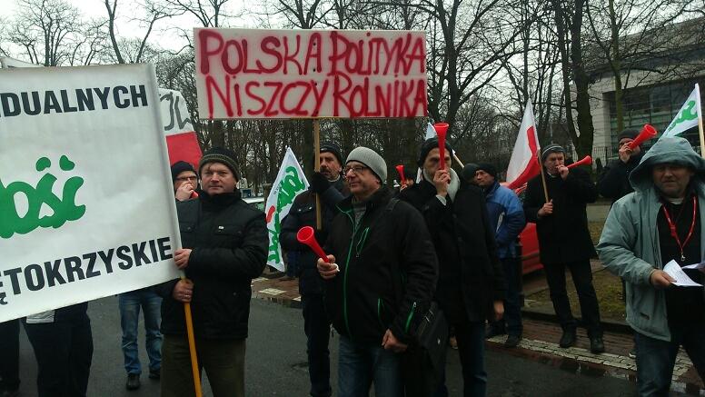 Nie rzucim ziemi… trzeci miesiąc rolniczego protestu