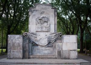 park-skaryszewski-pomnik-wdziecznosci-armii-radzieckiej