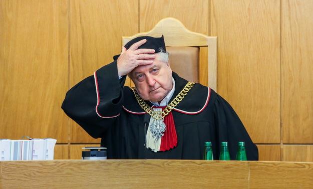 Czy doszło do kreowania dokumentów w Tk na potrzeby postępowania prokuratorskiego?