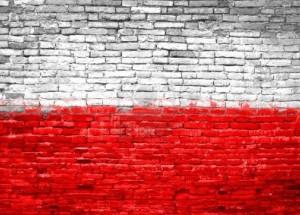 10918020-polska-flaga-malowana-na-stary-ceglany-mur
