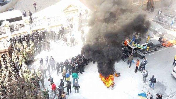 8.4.16.Zamieszki w Kijowie
