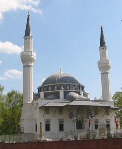 meczet-w-berlinie-246x300