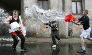 Śmigus-dyngus mieliśmy zawsze mokry…