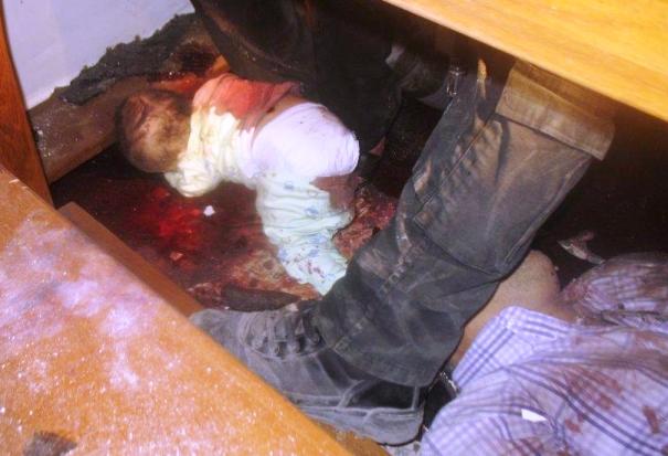 Martwy niemowlak po ataku na Kościół w Bagdadzie