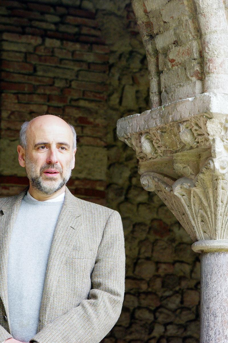 """""""Łacina jest językiem przyszłości"""" – wywiad z Marcelem Peresem"""
