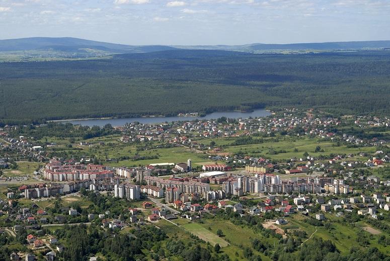 Miasto 39. Narodziny i obrona Starachowic-Wierzbnika [PDF]