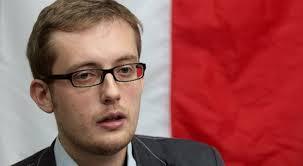 Polska nieoficjalnym protektoratem USA? Robert Winnicki domaga się wyjaśnień od rządu