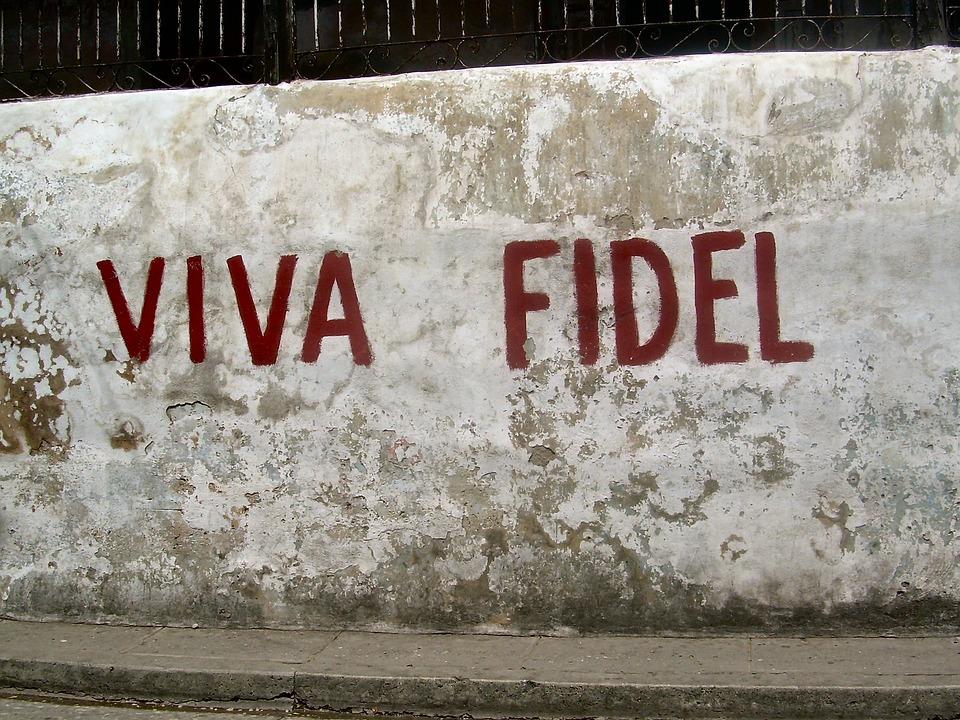 fidel-castro-1872545_960_720