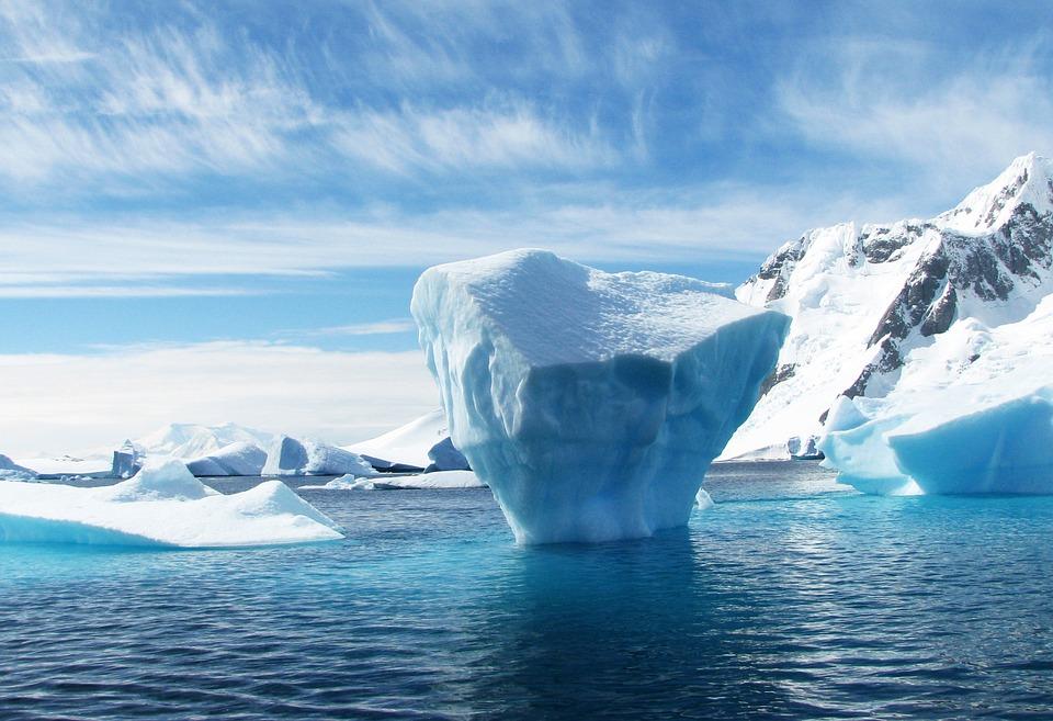 Wierzchołek góry lodowej