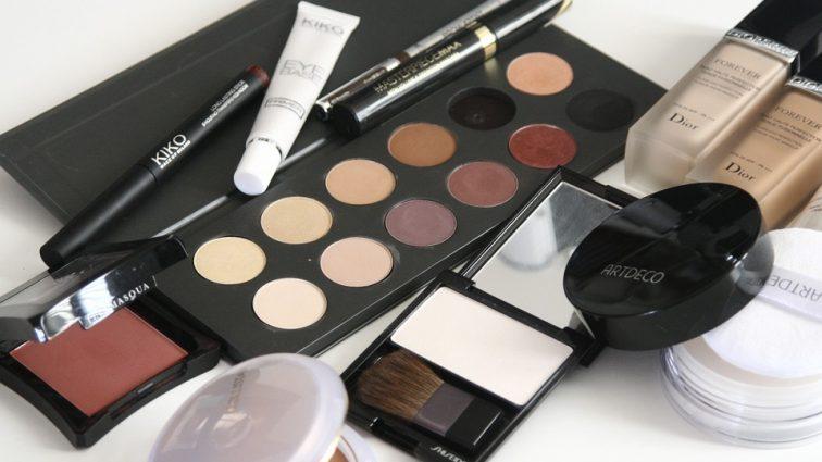 Kosmetyki do twarzy – jak wybrać najlepsze?