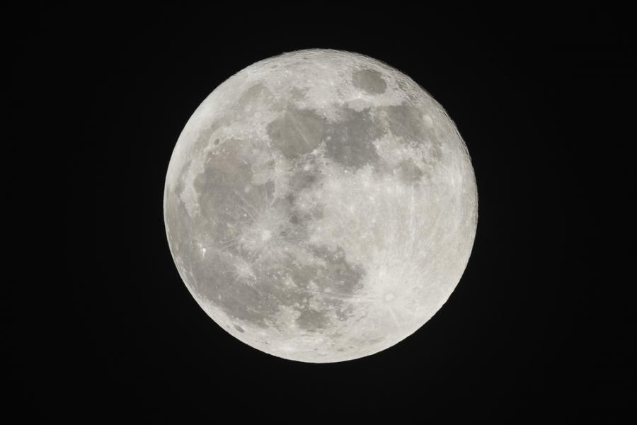 Czy światło Księżyca ochładza przedmioty?