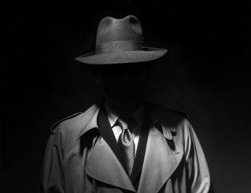 Artykuły nie tylko szpiegowskie i dla detektywów