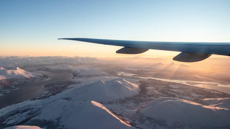 W góry, ale nie na narty. Gdzie Polacy wyjeżdżają zimą? [NOWY RAPORT]