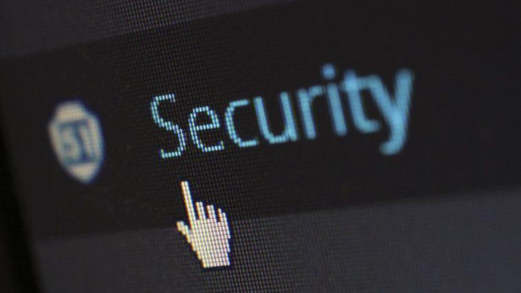 Jak dbać o cyberbezpieczeństwo w firmie?