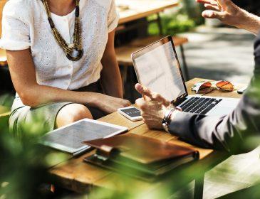 Jakie korzyści płyną z użytkowania programów do księgowości online?