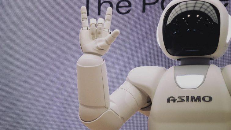 Polacy nie boją się automatyzacji. Czy słusznie? [NOWY RAPORT]