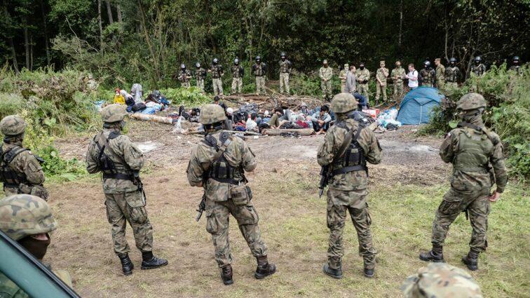 Możliwość polskiej pomocy dla muzułmańskich migrantów na Białorusi – materiały programowe