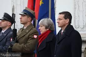 Guy Verhofstadt żądał od Theresy May podpisania lojalki wobec Unii.