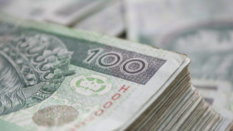 Nim otrzymamy kredyt gotówkowy – na co bank zwraca uwagę?