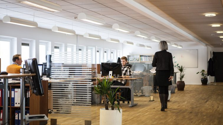 Jakie powinno być wyposażenie biura?