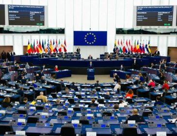 Bruksela – Trzeci Front Wojny Hybrydowej Przeciwko Polsce – materiały programowe
