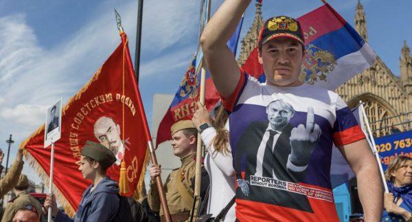 """Bombardowanie Rosji """"sankcjami"""""""