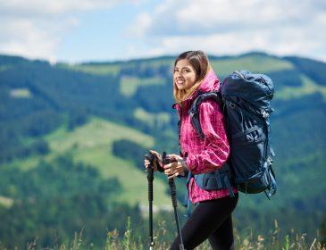 Kompletujesz odzież turystyczną na wyjazd? Nie zapomnij o spodniach trekkingowych męskich!