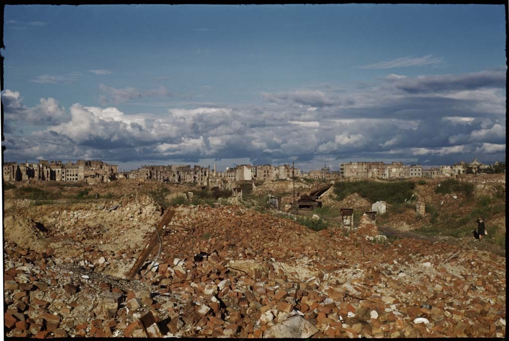 warszawa ruiny kolor 1